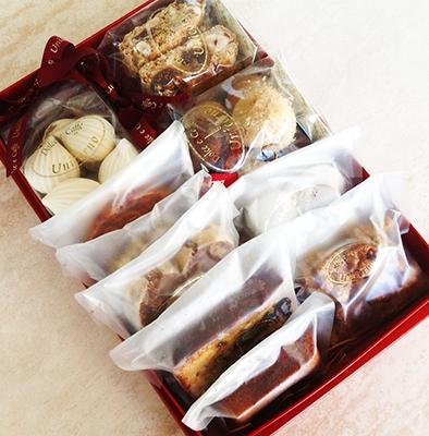 ウニコルノの焼き菓子